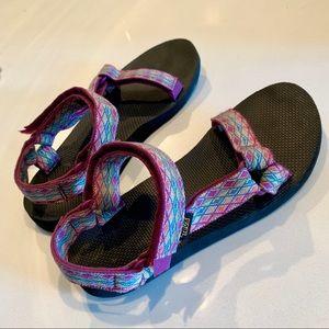 Purple/Multicolored Tevas
